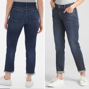 Gap Girlfriend Jeans Mid Rise Size 31